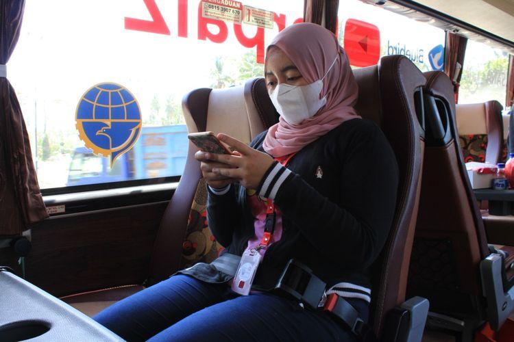 Sabuk pengaman kursi bus