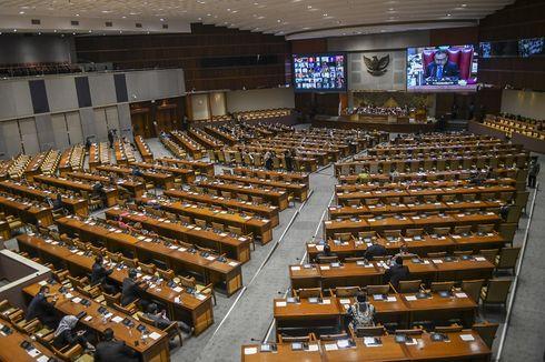 Rapat Paripurna, Pimpinan DPR Sampaikan Dukacita atas Wafatnya Harmoko dan 2 Anggota DPR