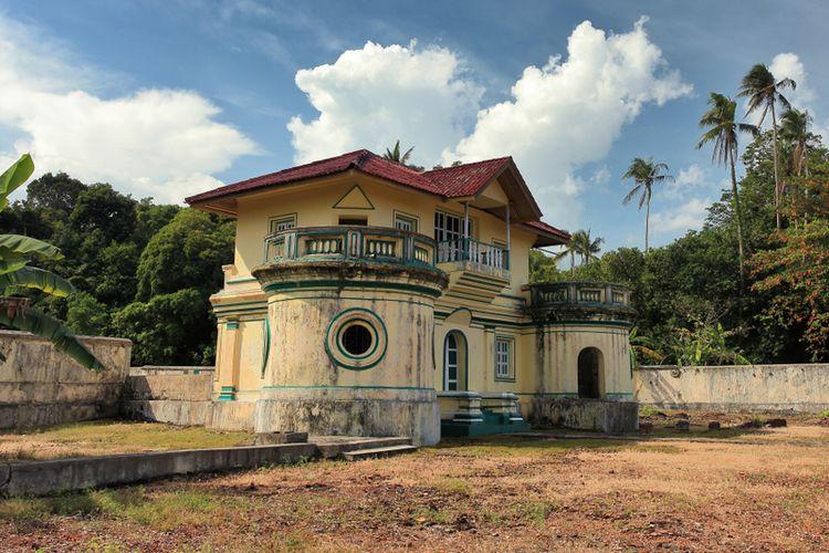 Istana Kantor, salah satu bangunan bersejarah di Pulau Penyengat, (28/9/2018).