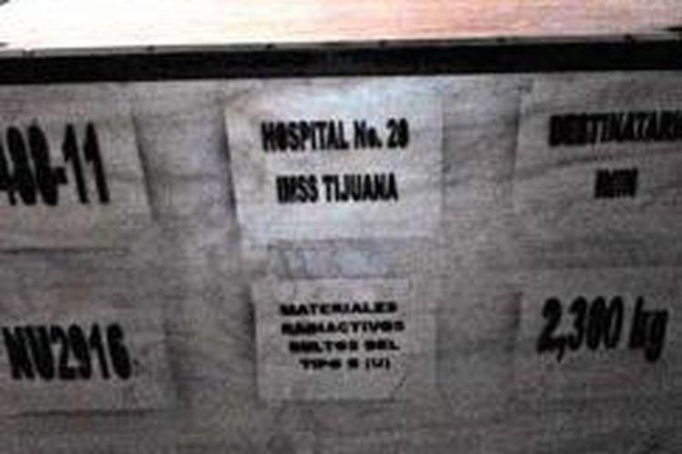 Ini kotak penyimpanan bahan dengan kandungan zat radioaktif cobalt-60 yang sangat berbahaya, serupa dengan kotak muatan truk yang dicuri di Meksiko, Senin (2/12/2013).