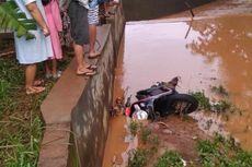 Seorang Ibu di Jepara Tewas Terseret Banjir Saat Kendarai Sepeda Motor