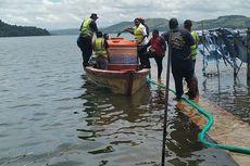 5 Fakta Jokowi Kunjungi Korban Banjir di Sentani, Gelar Rapat di Lantai hingga Korban Minta Alat Berat