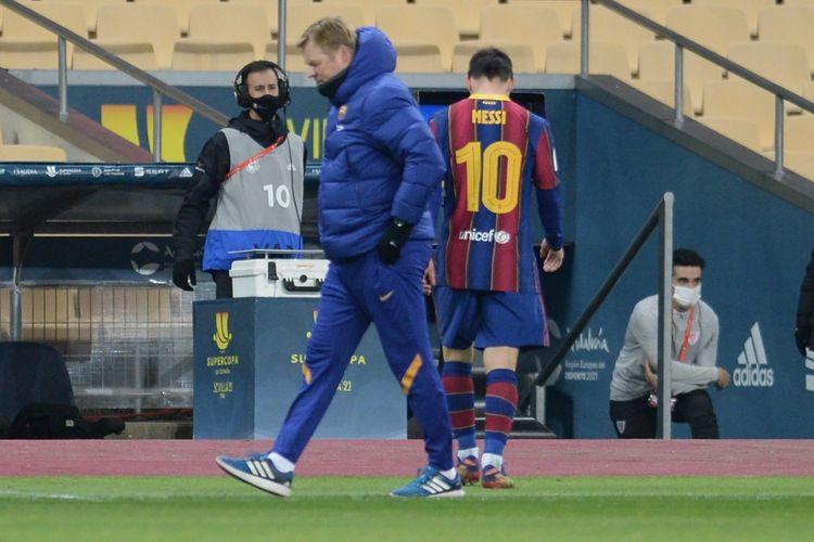 Lionel Messi meninggalkan lapangan setelah diganjar kartu merah pada pertandingan final Piala Super Spanyol antara Barcelona dan Athletic Bilbao di Stadion La Cartuja, Senin (18/1/2021) dini hari WIB.