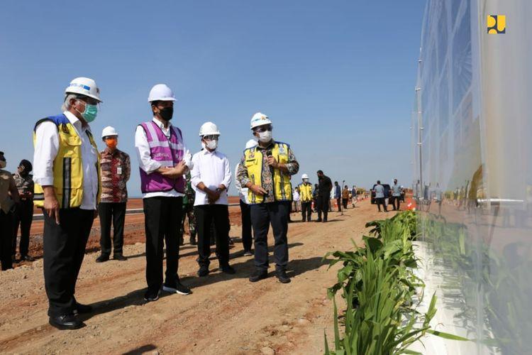 Presiden Jokowi tinjau pembangunan KIT Batang