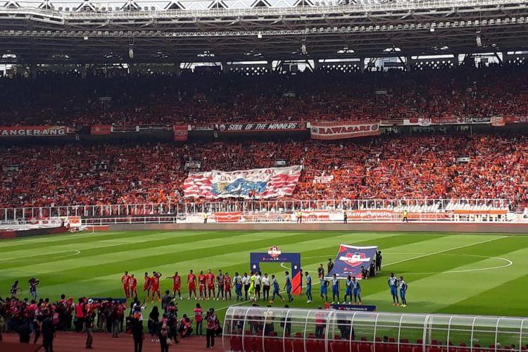 Laga Persija Jakarta vs Persib Bandung di Stadion Utama Gelora Bung Karno, Jakarta, 10 Juli 2019.