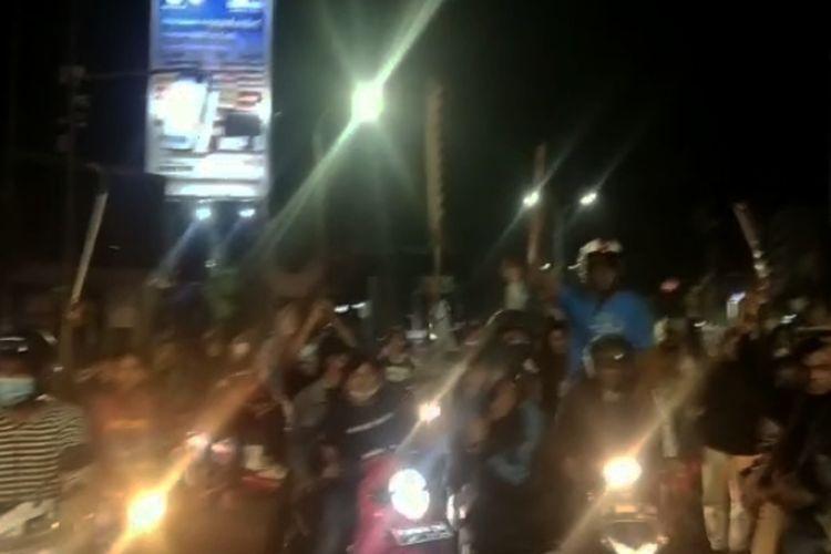 Aksi puluhan remaja di Kota Serang