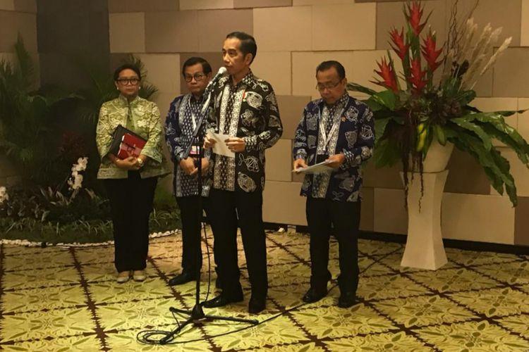 Konferensi Pers Presiden RI Joko Widodo terkait Jatuhnya Pesawat Lion Air JT-610 di Nusa Dua, Bali, Senin (29/10/2018)