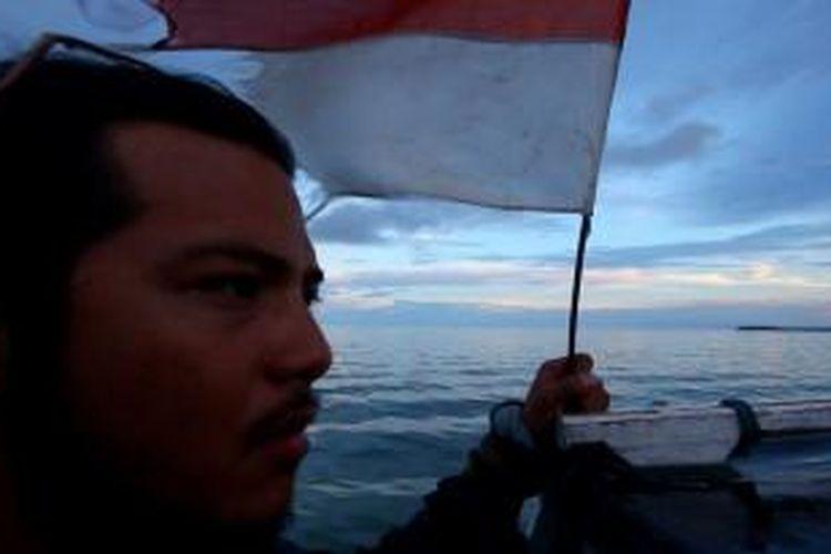 Pemandu Acara 100 Hari Keliling Indonesia, Ramon Y Tungka