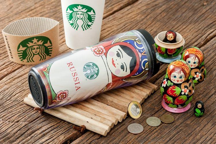 Ilustrasi tumbler Starbucks.