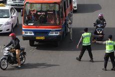 18 Januari, Polisi Tilang Motor yang Lintasi Jalan MH Thamrin-Medan Merdeka Barat