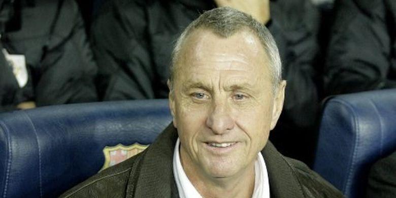 Johan Cruyff, legenda sepak bola asal Belanda yang pernah menjadi pemain dan pelatih Barcelona.