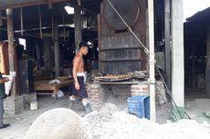 Bupati Sidoarjo Ancam Tutup Pabrik Tahu di Tropodo yang Tetap Gunakan Sampah Plastik