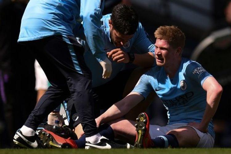 Kevin De Bruyne mengalami cedera otot kaki kiri saat Manchester City menang 1-0 atas Tottenham Hotspur, Selasa (23/4/2019)
