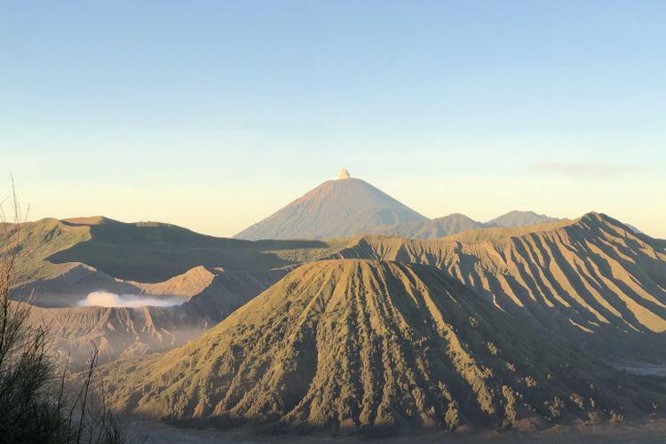 Kawasan Taman Nasional Bromo Tengger Semeru di Jawa Timur