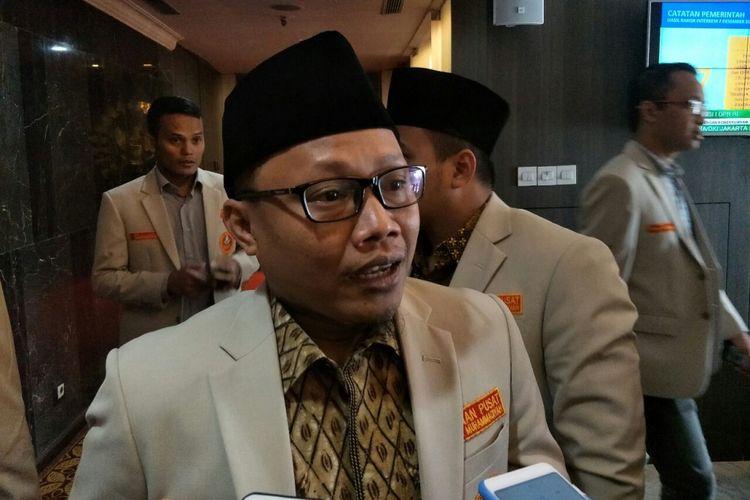 Ketua Umum PP Pemuda Muhammadiyah Sunanto di kompleks parlemen, Kamis (17/1/2019).