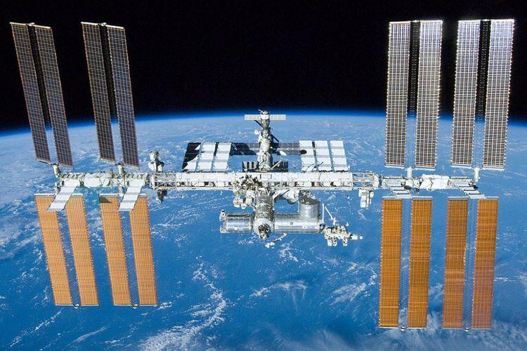 The Internationa Space Station atau Stasiun Luar Angkasa 23 Mei 2010 yang lalu