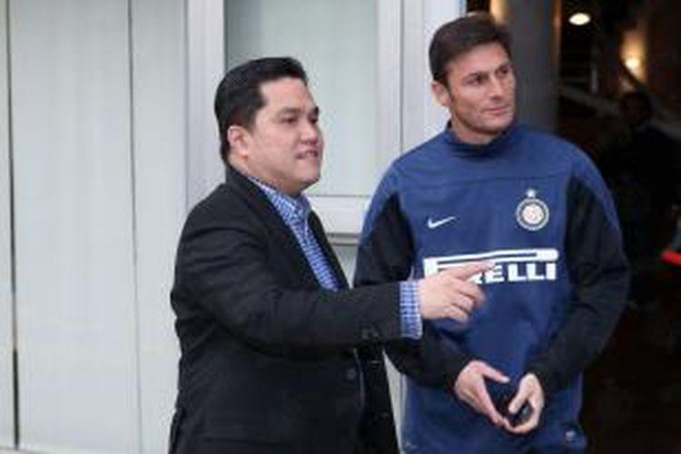 Presiden Inter Milan, Erick Thohir (kiri) bersama Javier Zanetti