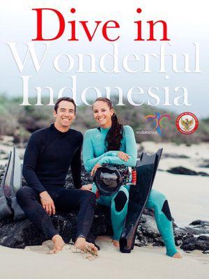 Jim Ward dan Alicia Ward, pasangan suami isteri asal Kona, Hawaii, AS, berpose untuk leaflet yang dibuat dalam rangka promosi pariwisata Indonesia.