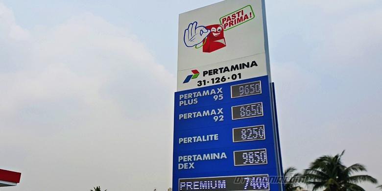 SPBU Pasti Prima dominasi warna biru dan tulisan layar digital.