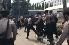 Ricuh di Depan PN Jaktim, Kapolres Jaktim: Ada Provokasi dan Dorongan Simpatisan Rizieq Shihab