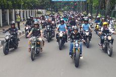 Bareng Komunitas Motor, Jokowi
