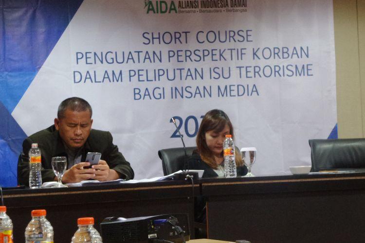 Ali Fauzi, pelaku bom Bali I dan Tita Apriantini, korban bom JW Marriot dalam acara yang diselenggarakan AIDA di Jakarta, Kamis (25/1/2018)