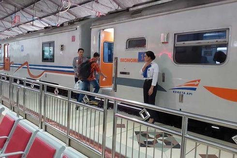 Dampak Banjir Jakarta, Kereta Terlambat Datang hingga 13 Jam di Madiun