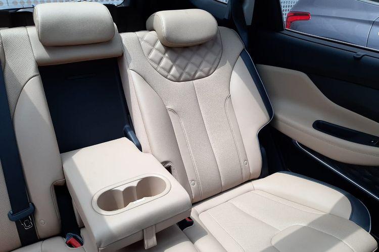 Jok penumpang belakang Hyundai Santa Fe 2021