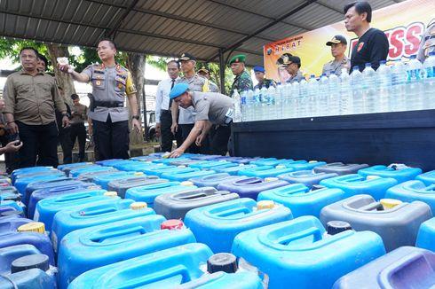 Ribuan Liter Arak Diselundupkan via Tol Trans Jawa dengan Truk Pasir