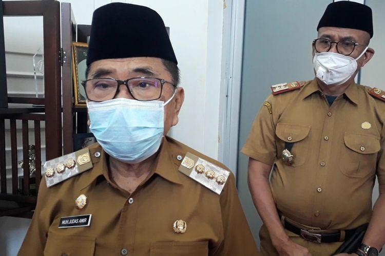 Walikota Palopo Judas Amir, melarang warganya terutama ASN untuk melakukan mudik, selain itu juga belum membolehkan melakukan pembelajaran tatap muka, meski kasus covid-19 dikota Palopo, Sulawesi Selatan telah menurun dan tersisa 2 kasus positif, Senin (19/04/2021)