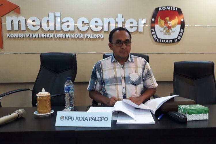 Komisioner KPU Sulsel yang bertugas di KPU kota Palopoo saat dikonfirmasi media Selasa (25/9/2018)