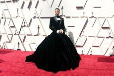 Aktor Ini Pakai Gaun di Oscar 2019
