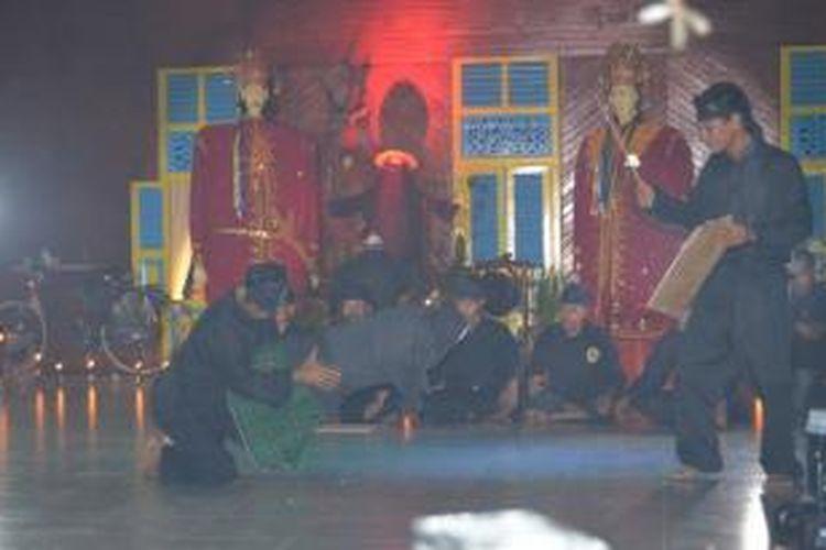 Bubu Gila merupakan permainan rakyat Suku Lembak Delapan di Bengkulu.