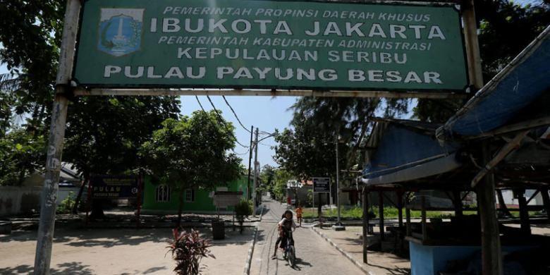 Suasana kampung di Pulau Payung, Kepulauan Seribu, Jakarta, yang lengang, Minggu (10/5/2015). Pulau Payung yang luasnya sekitar 20 hektar itu hanya dihuni 167 jiwa.