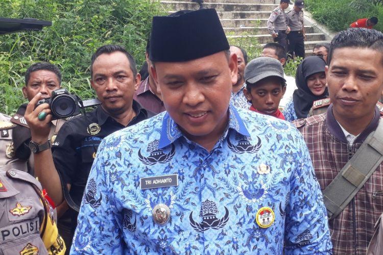 Wakil Wali Kota Bekasi Tri Adhianto usai pantau simulasi penanganan banjir di Sungai Kalimalang, Jalan Chairil Anwar, Kota Bekasi, Kamis (29/11/2018).