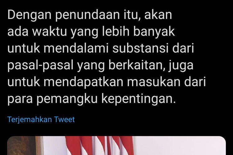Presiden Joko Widodo sempat mengumumkan penundaan pembahasan RUU Cipta Kerja di akun media sosialalnya, Senin (27/4/2020) siang ini. Namun tak lama kemudian unggahan itu dihapus dan direvisi.