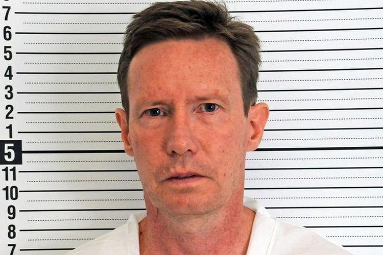 Buronan kasus pembunuhan, seorang miliarder AS, Peter Chadwick (55).