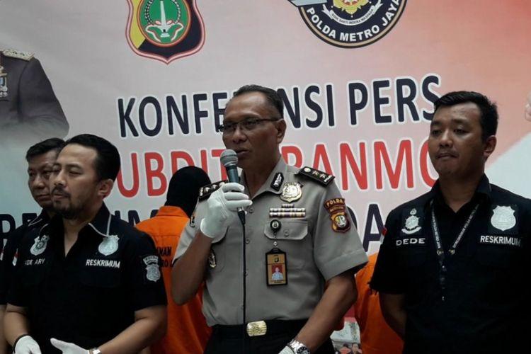 Polisi merilis penangkapan kasus prostitusi di Apartemen Kalibata City, Jakarta Selatan, Kamis (29/3/2018).