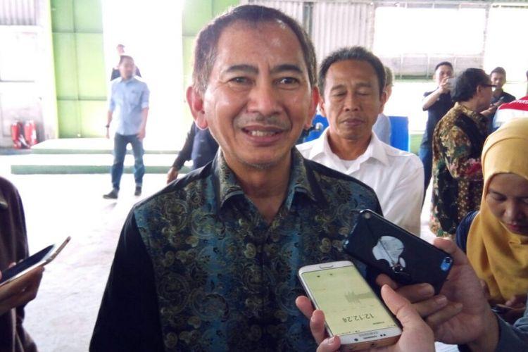 Direktur Operasional Pertamina Patra Niaga Abdul Cholid. Satgas distribusi BBM Pertamina Patra Niaga mulai bertugas Sein (18/12/2017) terkait libur Natal 2017 dan Tahun Baru 2018.