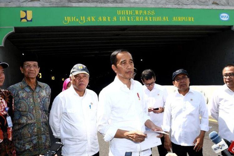Presiden Jokowi di Kabupaten Kulon Progo, Yogyakarta pada Jumat (31/1).