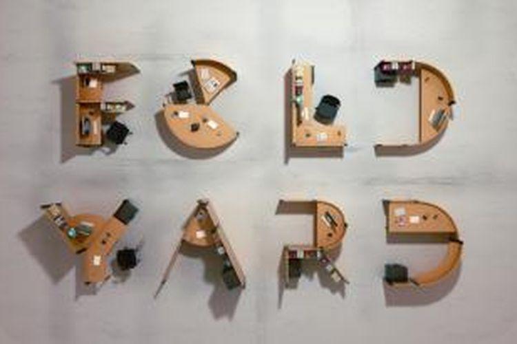 Permainan merangkai kata-kata ternyata bisa dijadikan cara untuk menata kantor dengan konsep terbuka (open plan). Tak ada lagi konsep meja bersekat yang dianggap terlalu tradisional!