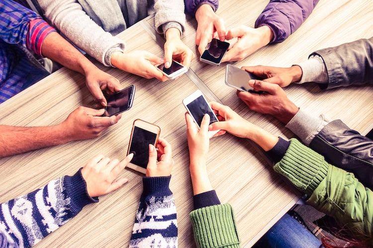 Penggunaan kuota melalui smartphone yang sudah menjelma menjadi kebutuhan sehari-hari