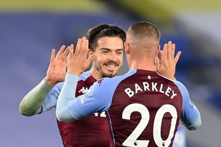 Jack Grealish dan Ross Barkley dalam laga Leicester City vs Aston Villa pada lanjutan Liga Inggris, Senin (19/10/2020) din hari WIB.
