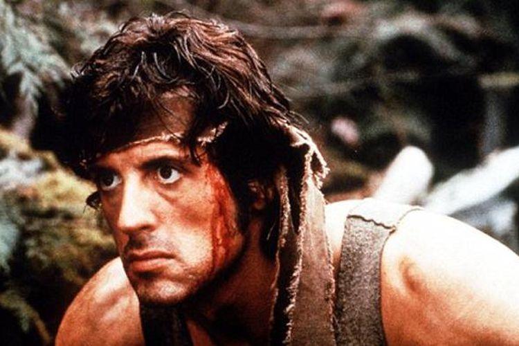 Sylvester Stallone saat membintangi Rambo: First Blood pada 1982.