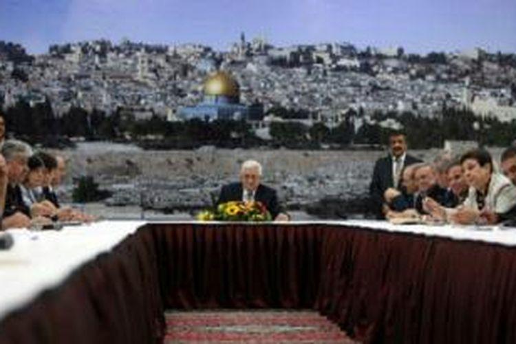 Para pemimpin PLO merasa tawaran yang diajukan AS tidak memberi jaminan atas garis batas Palestina.