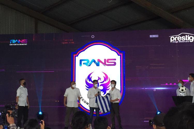 Raffi Ahmad resmi mengakuisisi klub Liga 2, Cilegon United FC, pada Rabu (31/3/2021) malam WIB.