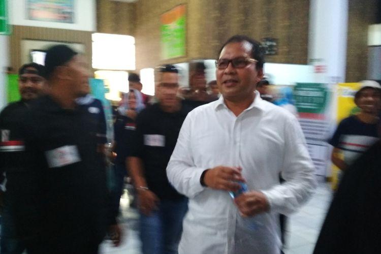 Mantan Wali Kota Makassar Mohammad Ramdhan Pomanto usai memberi kesaksian di PTUN Makassar, Selasa (14/1/2020).