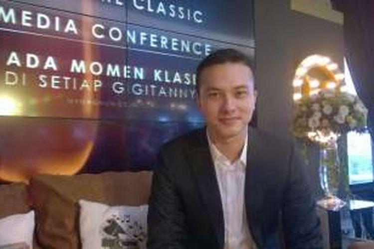 Artis peran Nicholas Saputra hadir dalam acara Magnum Taste The Classic di Magnum Cafe, Grand Indonesia, Jakarta Pusat, Selasa (16/2/2016).