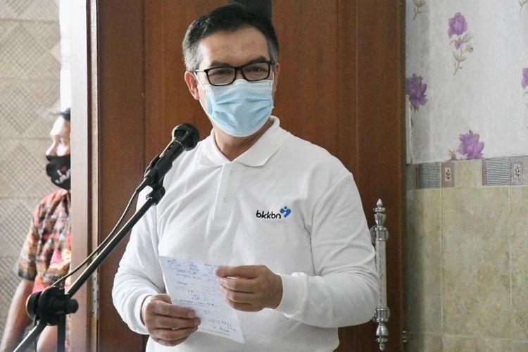 Hasto Wardoyo imbau masyarakat terapkan protokol kesehatan dalam talk show ?Jaga Keluarga dengan 3M? di Media Center Satgas Penanganan Covid-19, Graha BNPB, Jakarta, Kamis (8/10/2020).