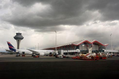 Mumi Janin Ditemukan Dalam Toilet Pesawat di Bandara Spanyol
